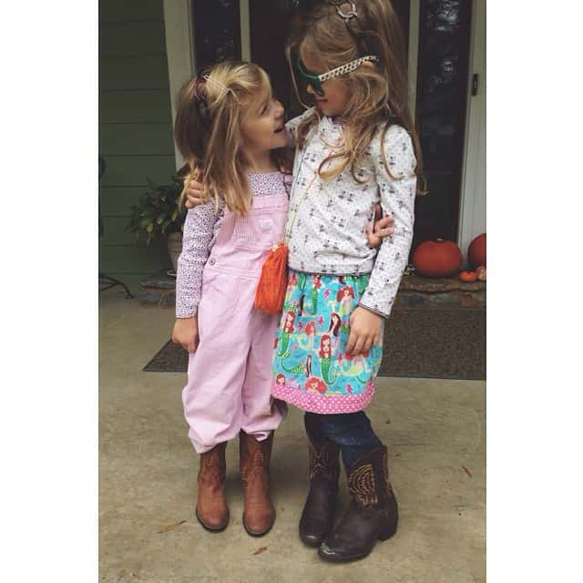 The best gift I ever gave them... Each other. #matchingcowboyboots #bigbrotherhandmedowns #bigfamilyblessings #sisters #peytonruth #EmilyLillian