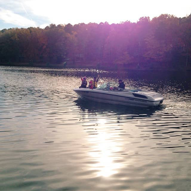 The crew headed out for the last boat ride of the year with Mac-Mac #lakelife #boatride #fallcolors