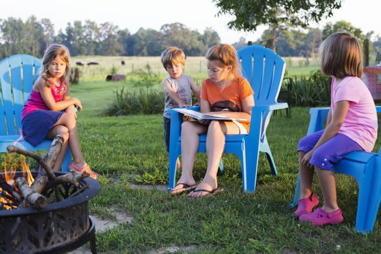 Encourage Summer Reading with Books and S'mores