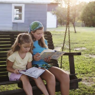 5 Easy Ways to Get and Keep Kids Reading