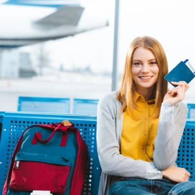 Things Every Teenage Girl Should Have in Her Backpack for Plane Travel