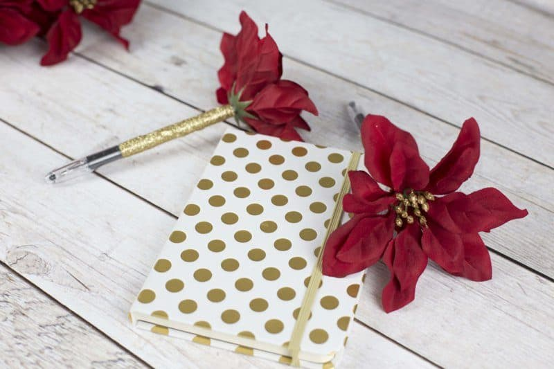 DIY Poinsettia Flower Pen