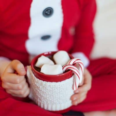 11 Frugal Christmas Traditions to Start This Year