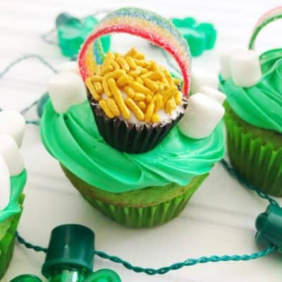 Pot O' Gold St. Patrick's Day Cupcakes