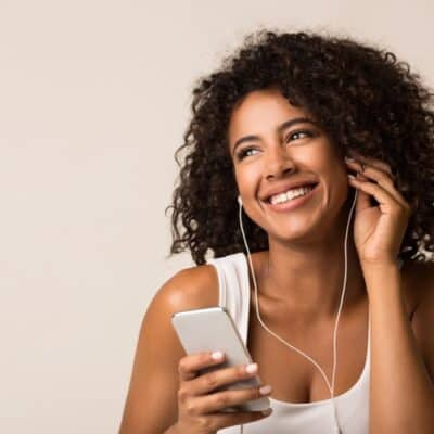 10 Best Parenting Podcasts For Moms You Should Definitely Listen to