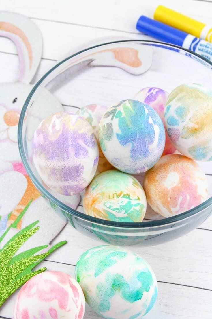 Easiest Easter Egg Dying Method Ever!