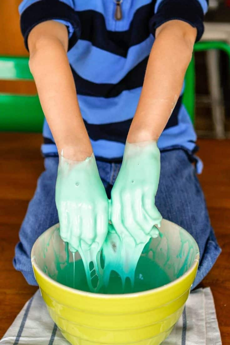 2-Ingredient Oobleck Recipe (How To Make Oobleck) – Unsophisticook