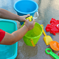 Water Transfer Activity with Sponges: Easy Toddler STEM Water Play