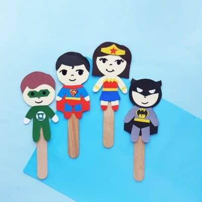 Superhero Craft – DIY Puppets