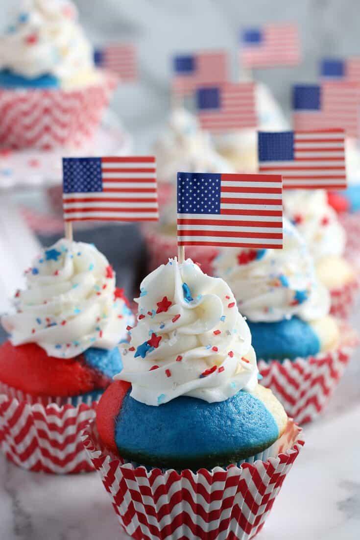 Patriotic 4th of July Cupcakes