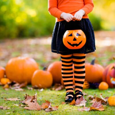 7 Cute Halloween Costume Ideas That Incorporate a Face Mask