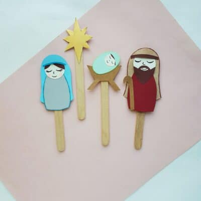 DIY Nativity Puppets