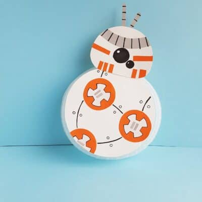 BB-8 Paper Plate Star Wars Craft